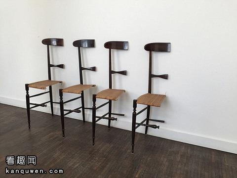 锯成一半的椅子