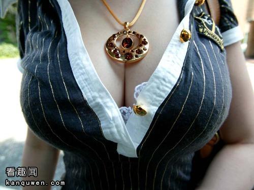 2ch:请给我欧派从胸罩里微微露出的图像!!!!