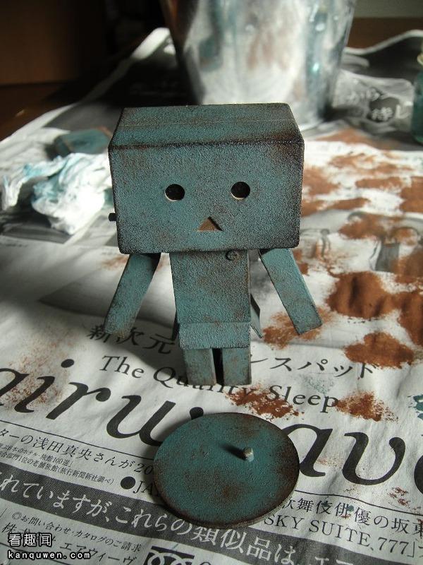 2ch:试着给纸箱人涂上了锈色
