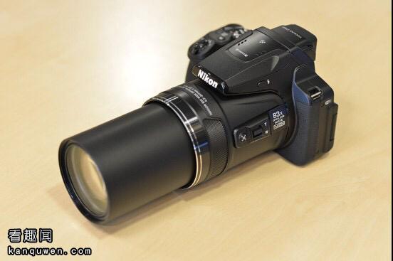 尼康P900照相变焦