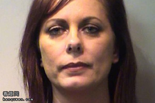 2ch:和10几岁的侄子啪啪啪了100次以上的大妈(43岁)被逮捕