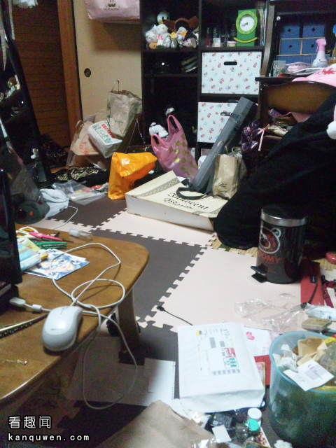 2ch:上传女孩子脏乱房间照片的帖子