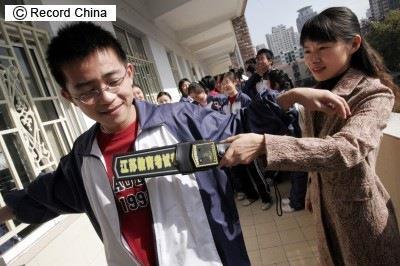 2ch:中国的应试战争真厉害啊