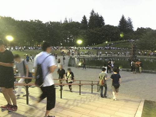 2ch:为了捕捉『pokemon GO』的迷你龙,世田谷公园集结了1000人以上!