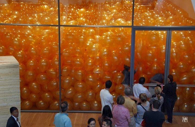 一屋子气球教会你什么叫做团队合作