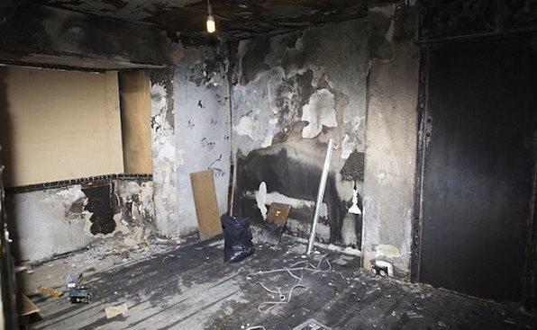 他的爱点燃了整栋房子